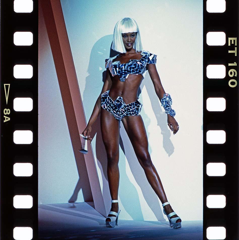 Naomi Campbell © Holger Jacobs