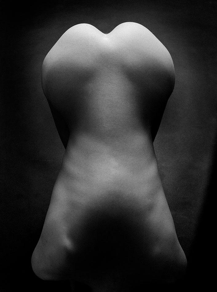 Black & White Nudes 6 © Holger Jacobs